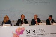 Mesa de apertura del Encuentro que se celebra en Ibiza.